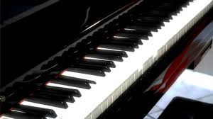 そろばんとピアノ!どっちがおすすめの習い事?費用の差は?